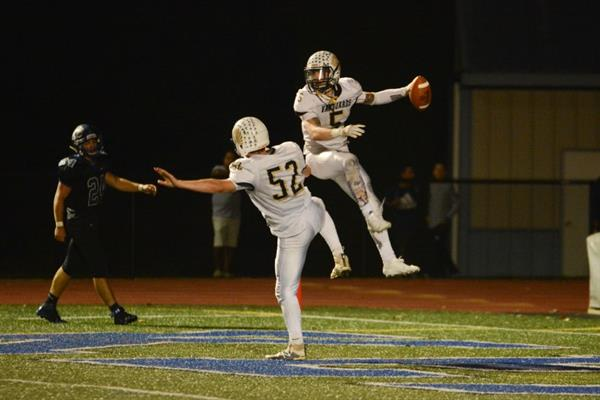 Jones' 4 TD help Sun Valley run past Kennett